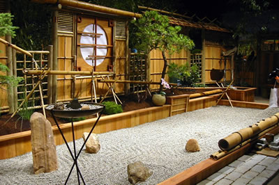 Interior design with bamboo furniture style for Interior zen garden